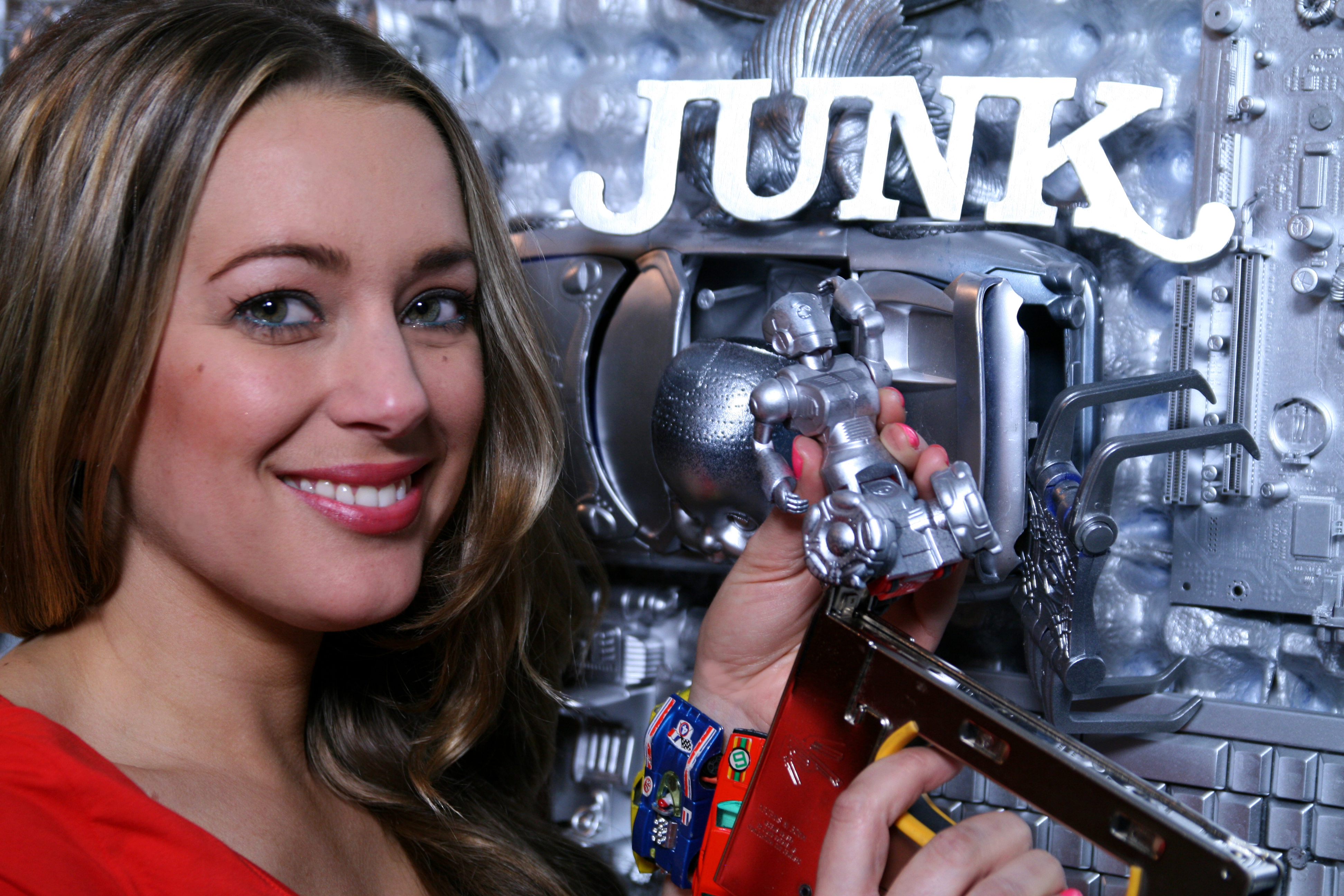 andrea junk Junkcare is fully licensed rubbish removal company we will collect and remove your unwanted items in a safety manner  andrea lund customer  junk care all.